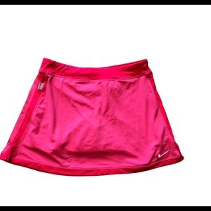 Nike tennis skirt built-in shorts hot pink size L